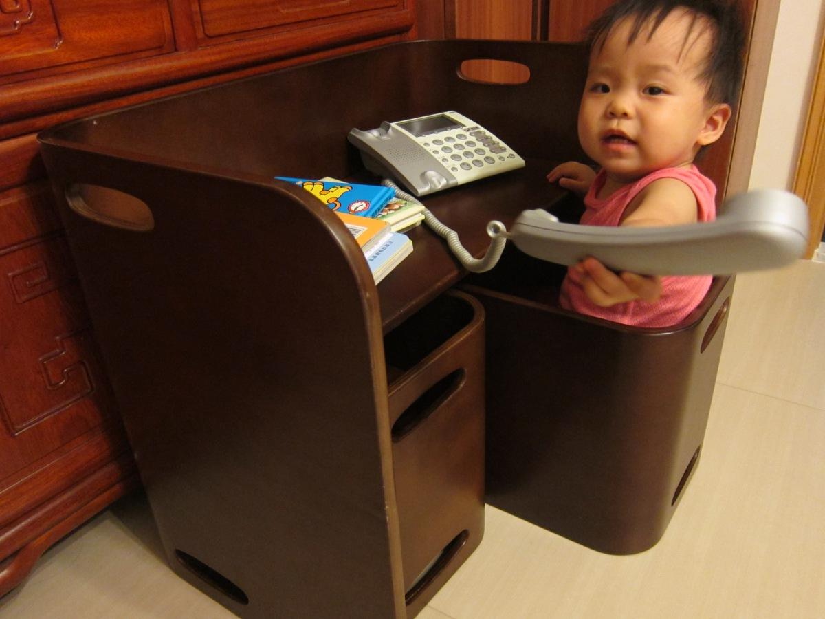 小公主奢華一世私の部屋:日本岡村幼兒桌椅