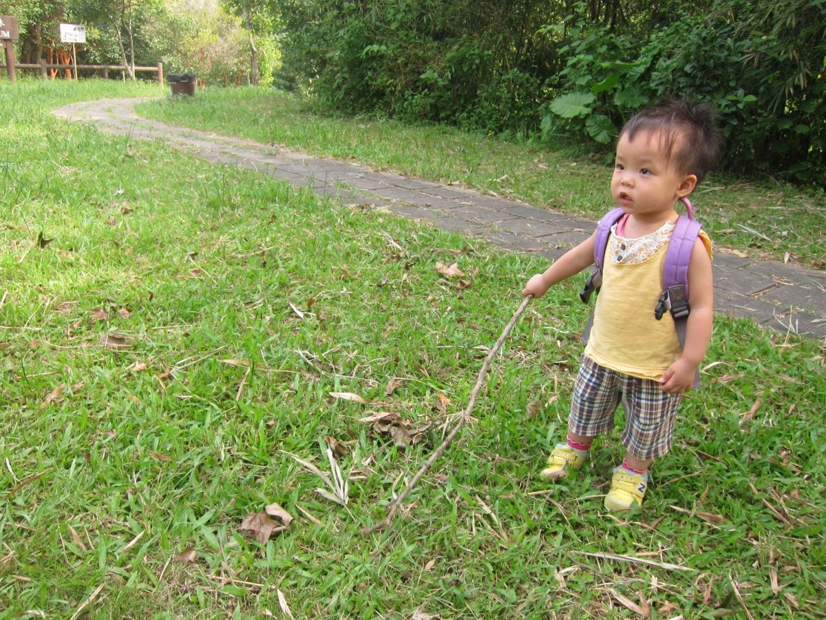 走過青蔥大地:小人兒二度遊西貢蕉坑